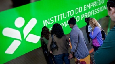 Algarve: para não morrer do mal, morre da cura?
